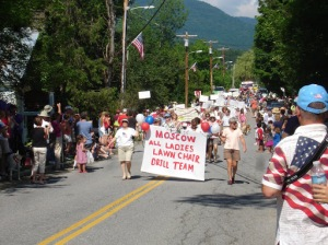 Moscow VT 4th of July Parade | Kicking It Old School in Stowe Vermont | BettyCupcakes.com